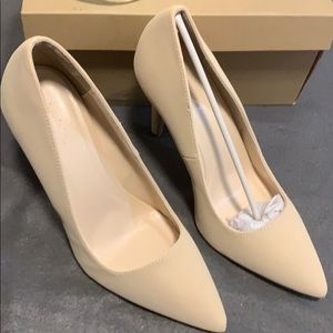 Tan heels!